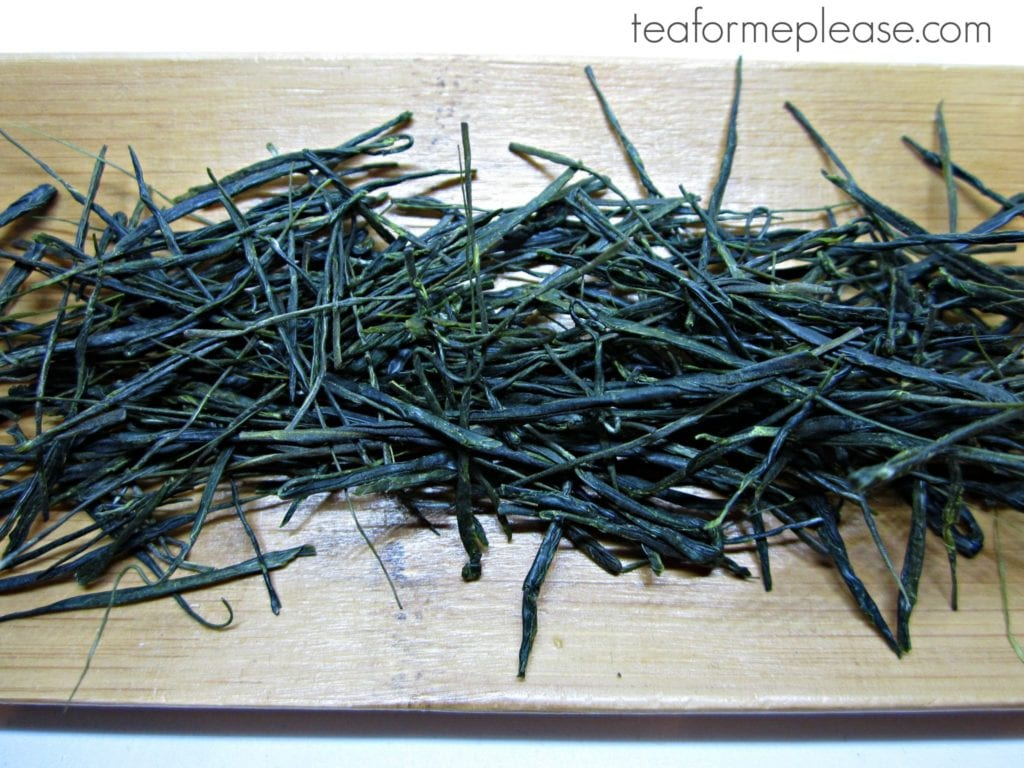 Temomi tea leaves