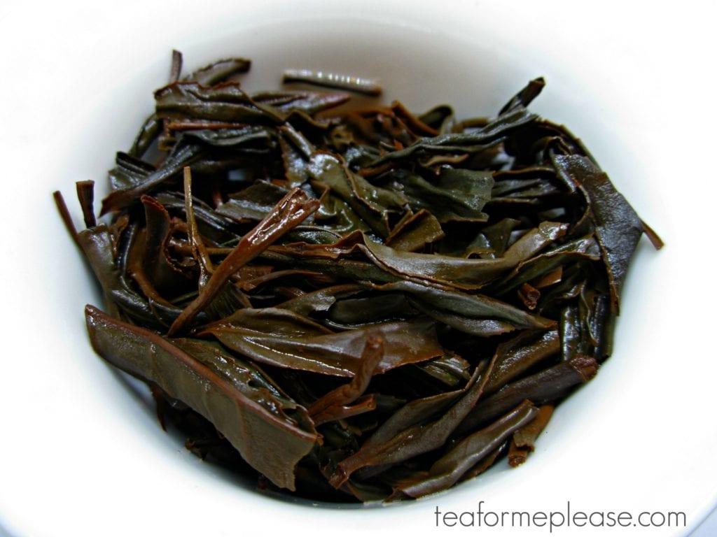 Black tea leaves in a gaiwan