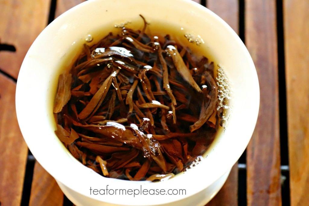 Masters Jing Kong Que leaves in gaiwan