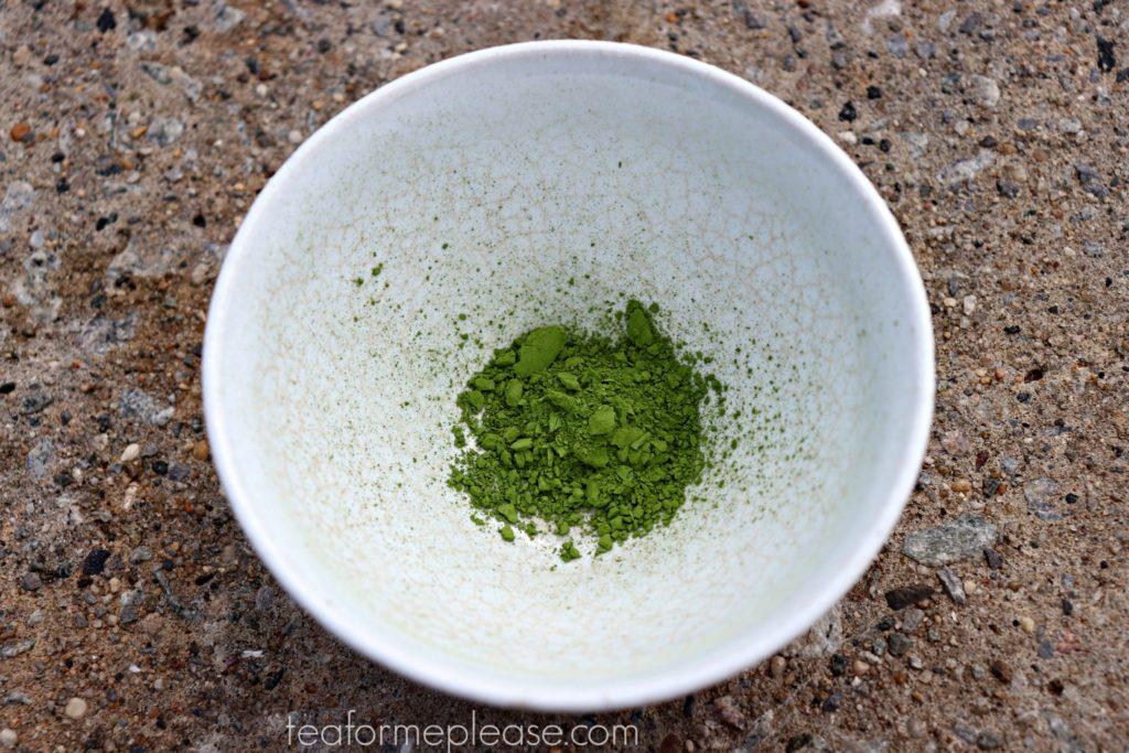 Voilà! Travel Mizuba Matcha in white bowl