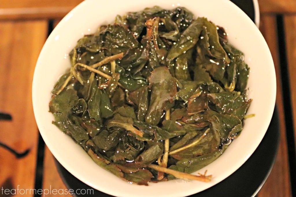 Oolong leaves in a gaiwan