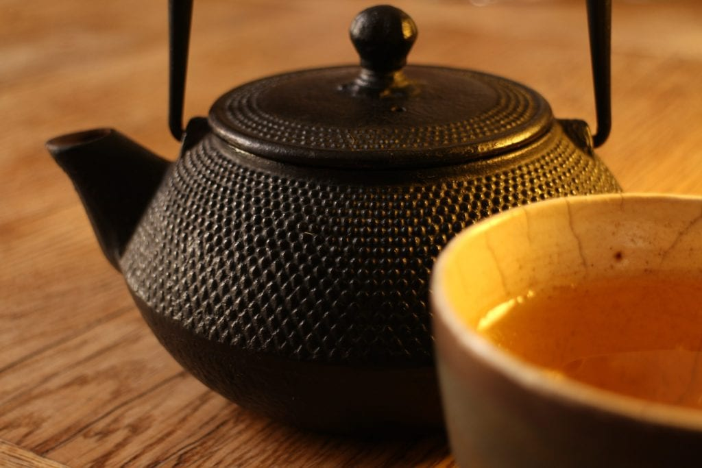 How To Use And Take Care Of A Cast Iron Teapot Tea For Me Please