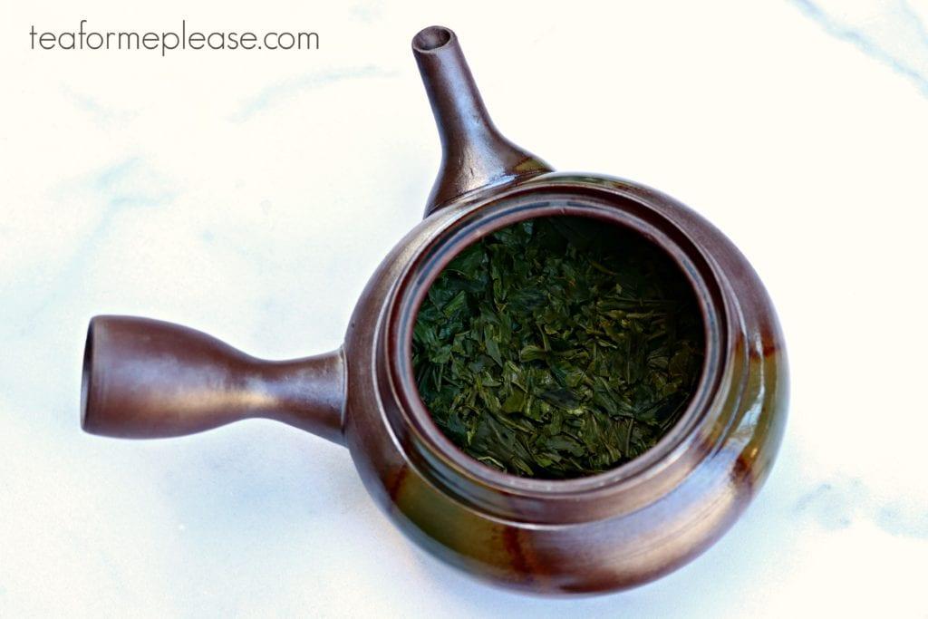Misty Mountain tea leaves in a kyusu